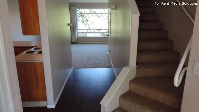 Kentfield Luxury Town Homes, Eugene, OR, 97401: Photo 11