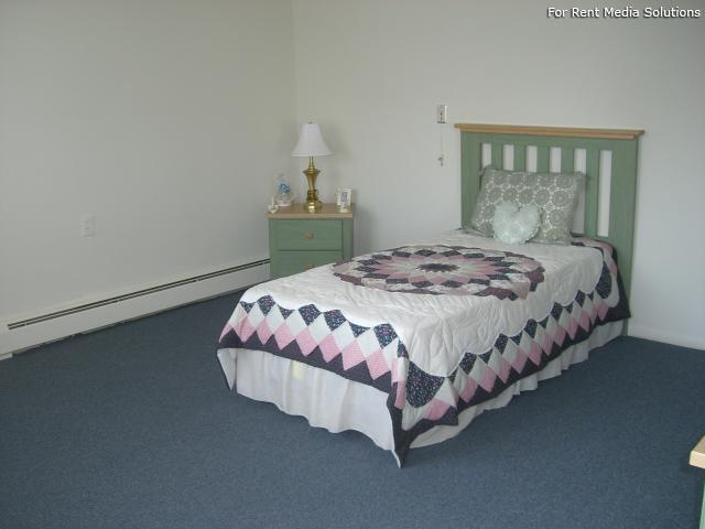 Silver Pond Apartments, Wallingford, CT, 06492: Photo 5