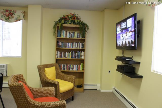 Silver Pond Apartments, Wallingford, CT, 06492: Photo 8