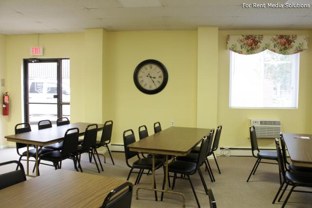 Silver Pond Apartments, Wallingford, CT, 06492: Photo 9