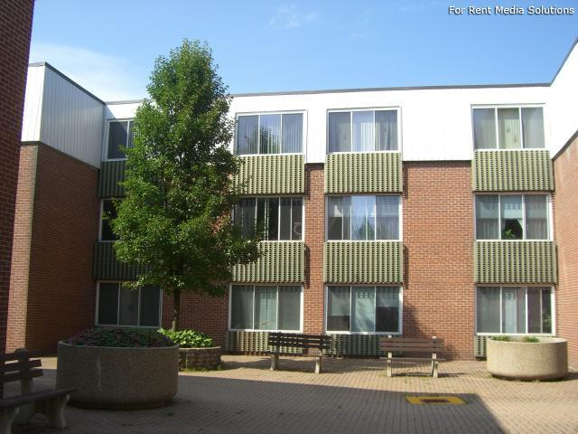 Silver Pond Apartments, Wallingford, CT, 06492: Photo 15