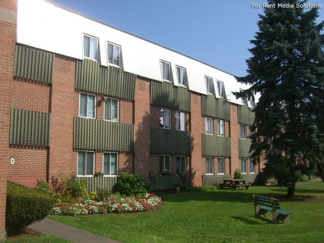 Silver Pond Apartments, Wallingford, CT, 06492: Photo 17