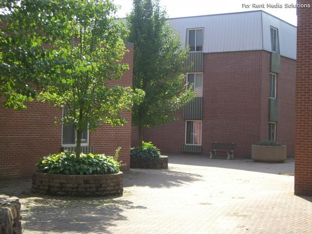 Silver Pond Apartments, Wallingford, CT, 06492: Photo 18