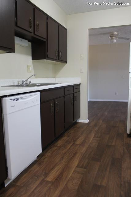 Springhurst East Apartments, Louisville, KY, 40241: Photo 2