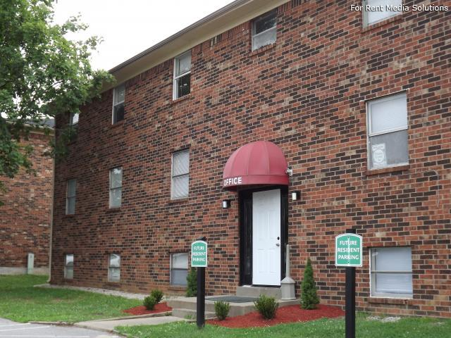 Springhurst East Apartments, Louisville, KY, 40241: Photo 3