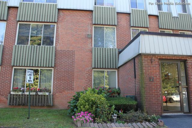 Silver Pond Apartments, Wallingford, CT, 06492: Photo 20