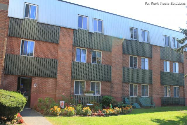 Silver Pond Apartments, Wallingford, CT, 06492: Photo 24
