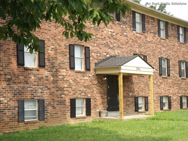 Springhurst East Apartments, Louisville, KY, 40241: Photo 10