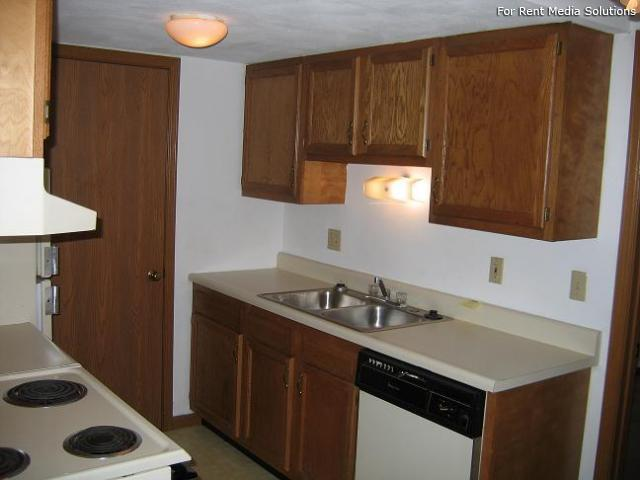 Reside Here, Belleville, IL, 62221: Photo 54