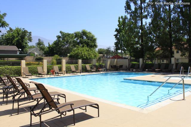 Woodbend, Rancho Cucamonga, CA, 91701: Photo 15