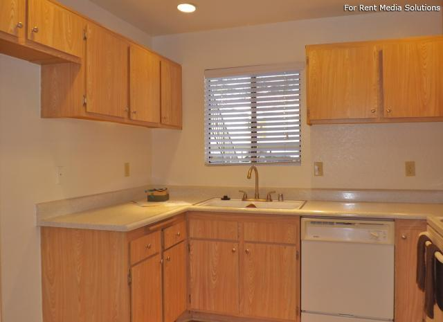 Woodbend, Rancho Cucamonga, CA, 91701: Photo 28