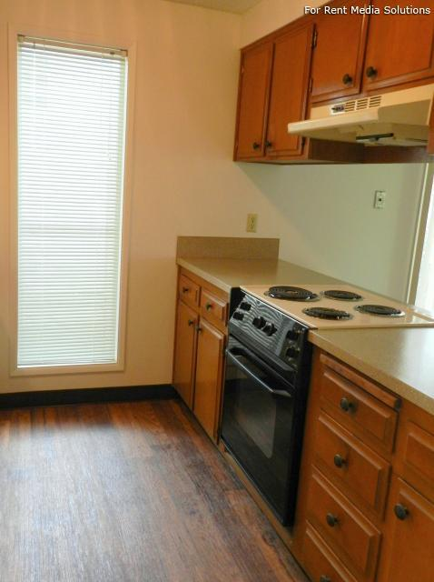 Meadowlawn Apartments, Salem, OR, 97317: Photo 38