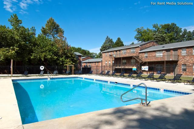 Windsor Court Apartments, Knoxville, TN, 37912: Photo 24