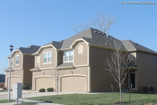 Herrington Park Townhomes, Shawnee, KS, 66218: Photo 3
