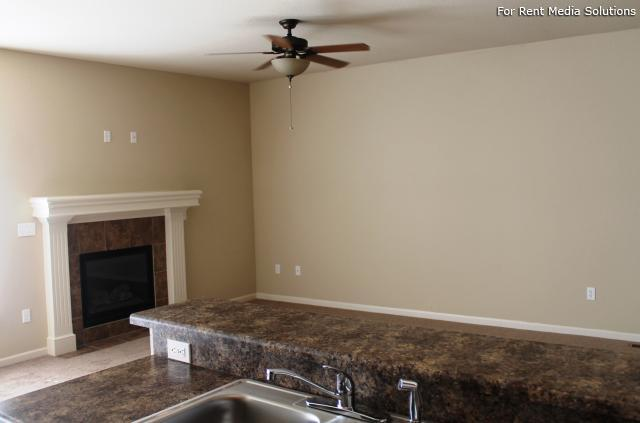 Herrington Park Townhomes, Shawnee, KS, 66218: Photo 11