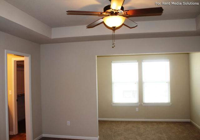 Herrington Park Townhomes, Shawnee, KS, 66218: Photo 14