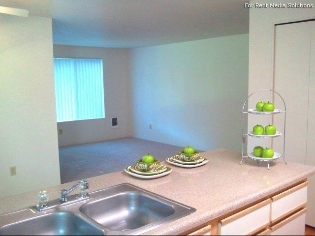 Main Street Village Apartment Homes, Tigard, OR, 97223: Photo 8
