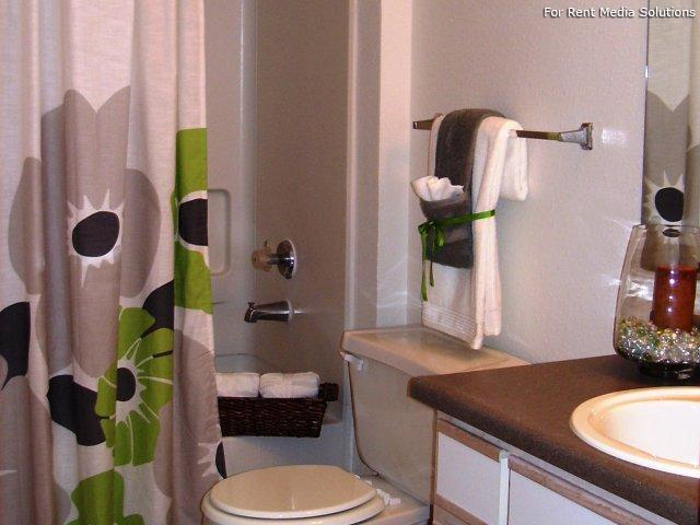 Main Street Village Apartment Homes, Tigard, OR, 97223: Photo 11