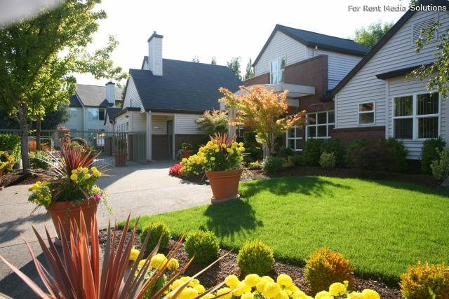 Main Street Village Apartment Homes, Tigard, OR, 97223: Photo 16