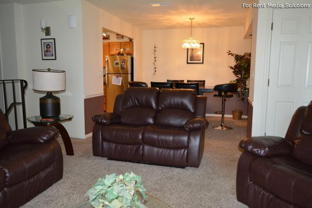 Royal Grove Apartments, Bensenville, IL, 60106: Photo 23