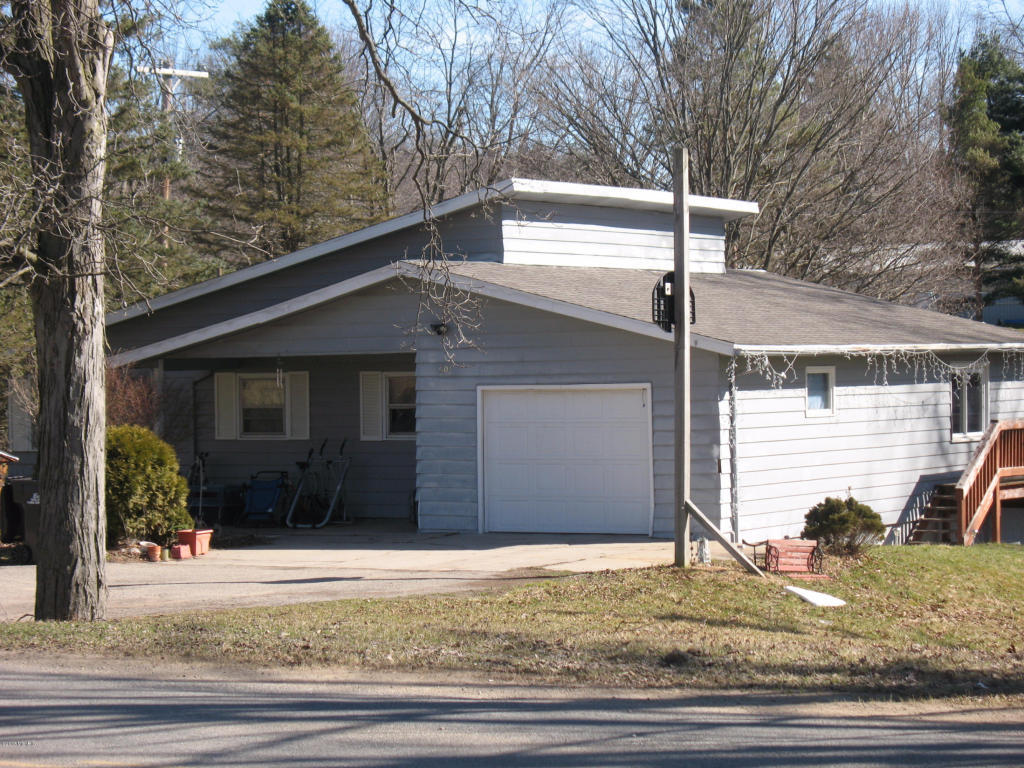601 S Powell Road Hastings Mi 49058 For Sale