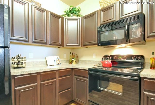 Enclave at Pamalee Square, Fayetteville, NC, 28301: Photo 2