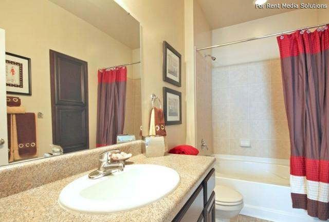 Enclave at Pamalee Square, Fayetteville, NC, 28301: Photo 5
