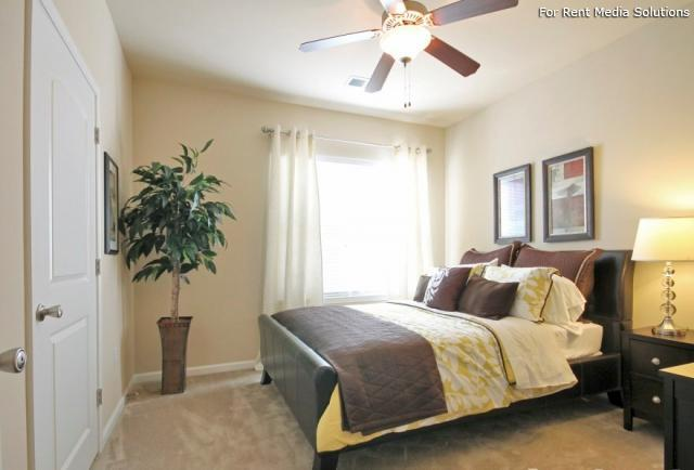 Enclave at Pamalee Square, Fayetteville, NC, 28301: Photo 6