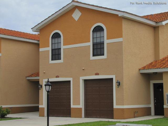 Housing Authority of the City of Ft. Myers, Fort Myers, FL, 33916: Photo 2