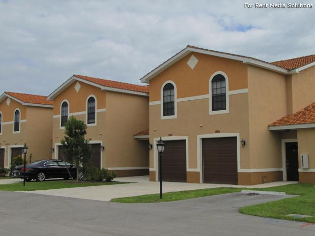 Housing Authority of the City of Ft. Myers, Fort Myers, FL, 33916: Photo 3
