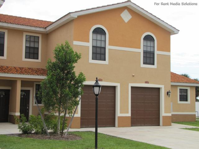 Housing Authority of the City of Ft. Myers, Fort Myers, FL, 33916: Photo 4
