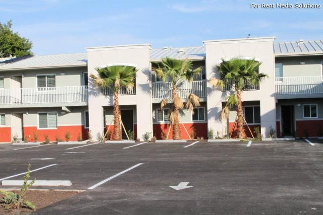 Housing Authority of the City of Ft. Myers, Fort Myers, FL, 33916: Photo 11