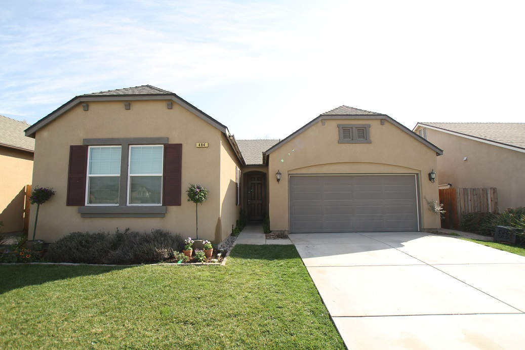 484 cantera ave lemoore ca 93245 for sale