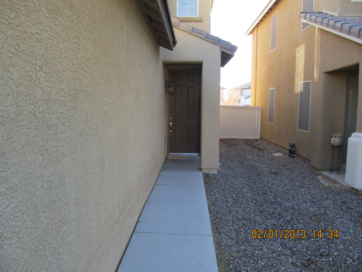 4325 Bacara Ridge Ave, Las Vegas, NV, 89115: Photo 2