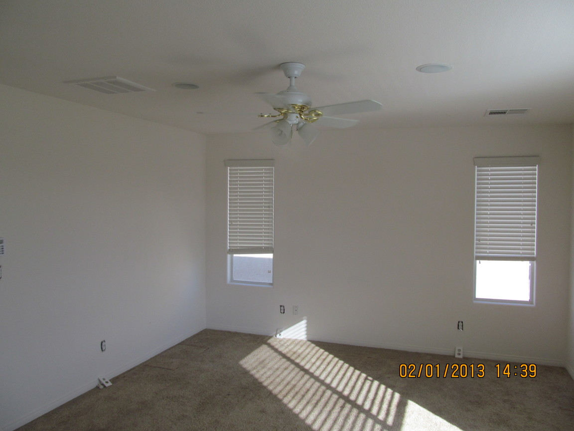 4325 Bacara Ridge Ave, Las Vegas, NV, 89115: Photo 12