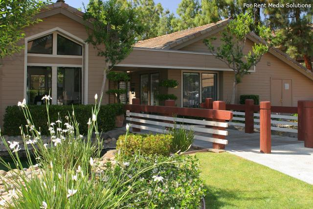 Willow Creek, Fresno, CA, 93720: Photo 2