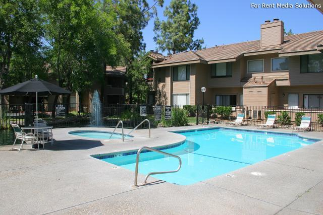 Willow Creek, Fresno, CA, 93720: Photo 8