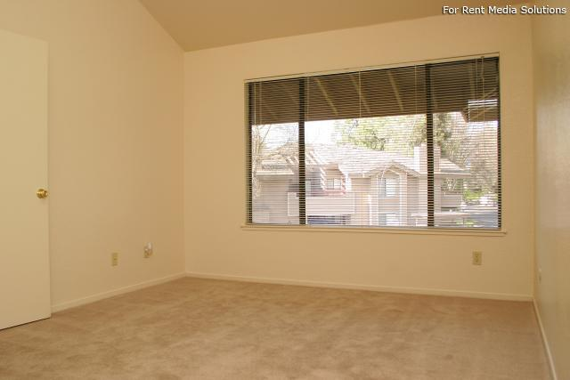 Willow Creek, Fresno, CA, 93720: Photo 13