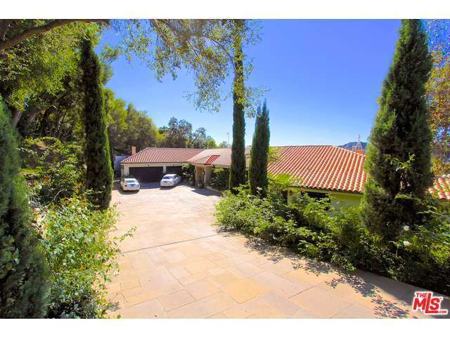 9694 Oak Pass Rd, Beverly Hills, CA, 90210: Photo 3