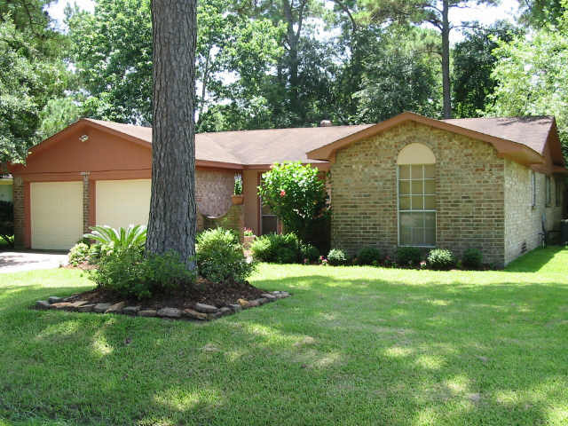 10022 lost pine baytown tx 77521 for sale