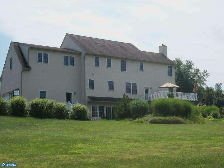 987 n manor rd elverson pa 19520 for sale
