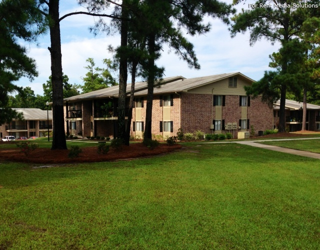 Carriage Place Condominiums, Columbia, SC, 29209: Photo 20