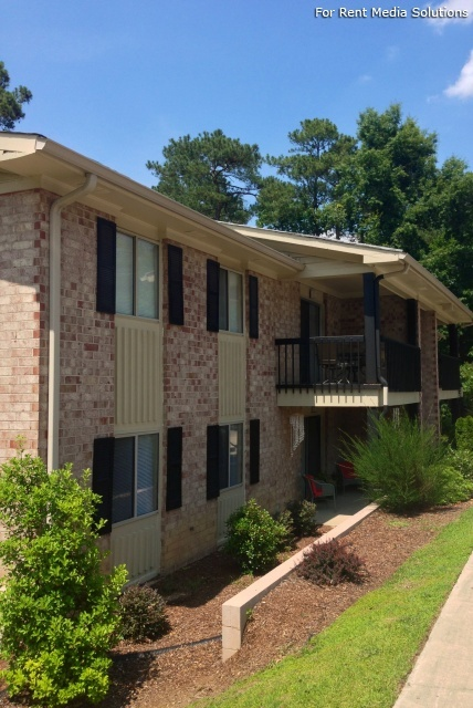 Carriage Place Condominiums, Columbia, SC, 29209: Photo 40