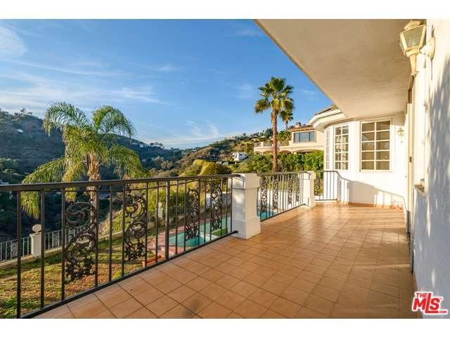 2001 Mount Olympus Dr Los Angeles CA 90046 For Sale