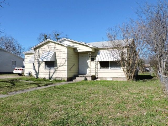 3509 daughtrey ave waco tx for sale 75 000 for Home builders waco tx