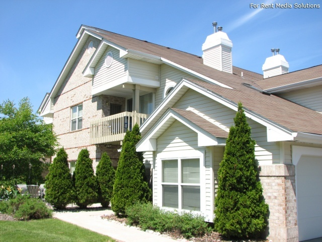 StoneGate Apartments, New Berlin, WI, 53151: Photo 36