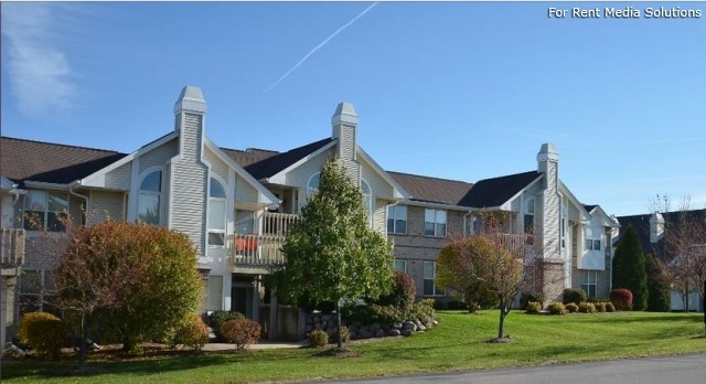 StoneGate Apartments, New Berlin, WI, 53151: Photo 35