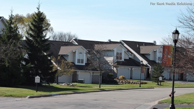 StoneGate Apartments, New Berlin, WI, 53151: Photo 29