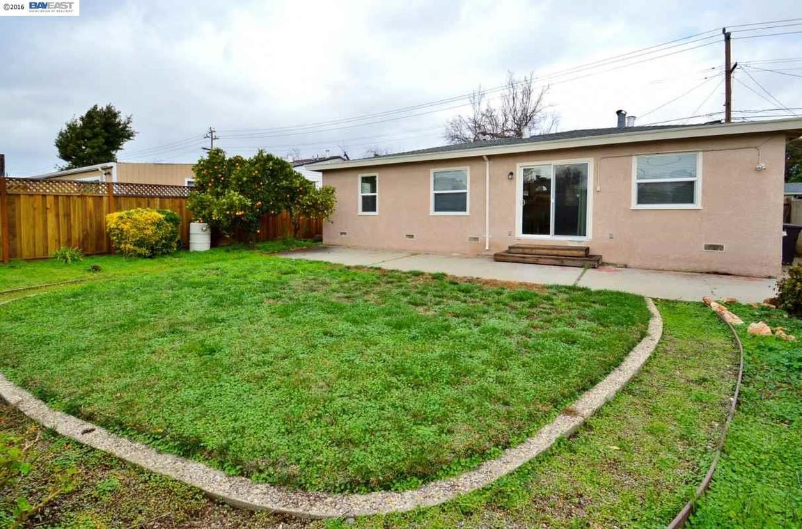 1266 Inglewood St, Hayward, CA, 94544: Photo 17