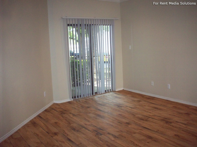 Georgetown Park Apartments, Georgetown, TX, 78628: Photo 14